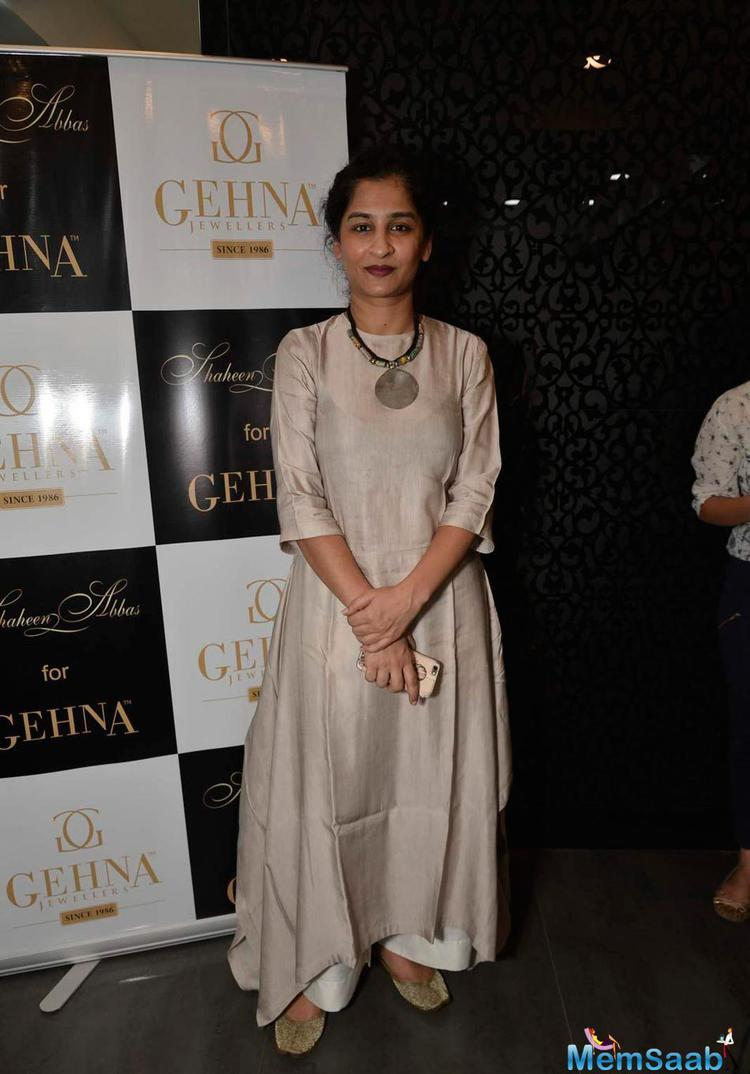 Gauri Shinde Simple Look At Shaheen Abbas Collection Launch In Gehna Store