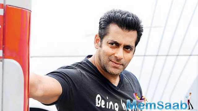 The story revolves around Salman Khan , who is called Haryana Ka Sher, and he falls heads over heels in love with Haryana Ki Shaan, Anushka Sharma.