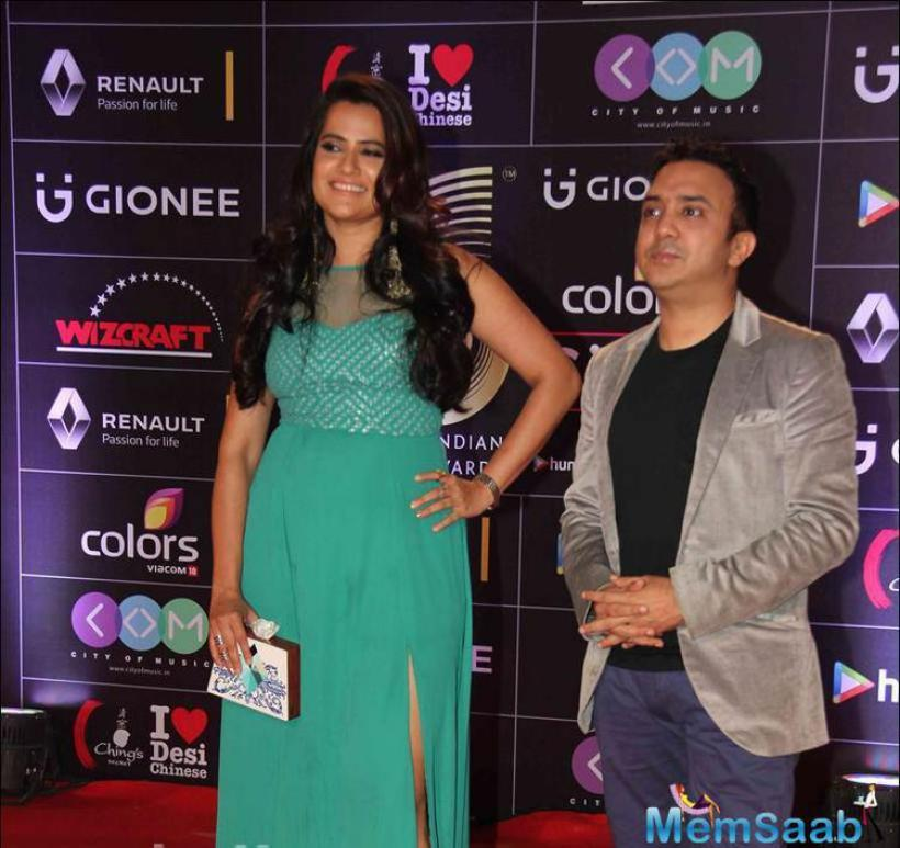 Sona Mohapatra pose with husband and music composer Ram Sampath