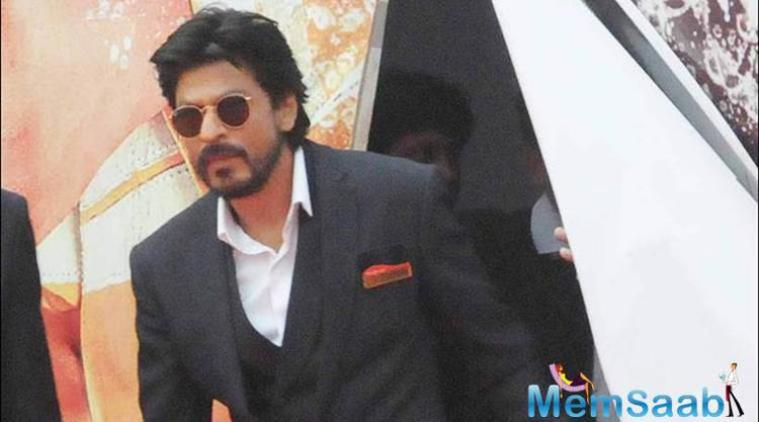 """During a recent media interaction, the 50-year-old actor Shah Rukh said, """"I did 'Fan' way before I did 'Raees' and 'Dilwale,' but due to VFX and knee injuries it got delayed."""""""