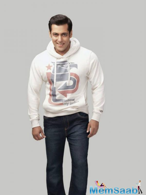 Salman Khan has to instantly decide which one to select between these two Projects.