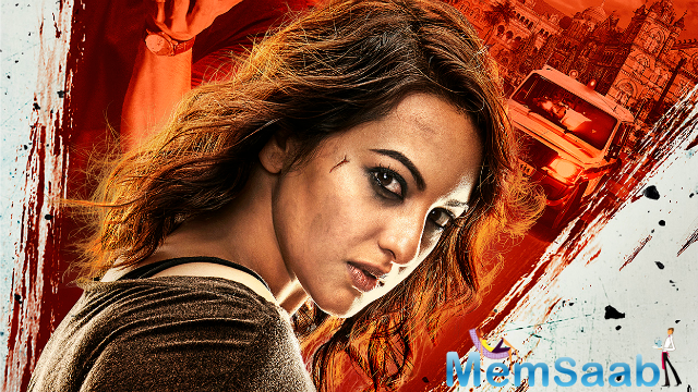 Sonakshi's character hails from the town of Jodhpur, and arrives in Mumbai to further her education and with hopes to erase the scars of an unsettling childhood. But unknown to her, Akira finds herself in the middle of a crime.