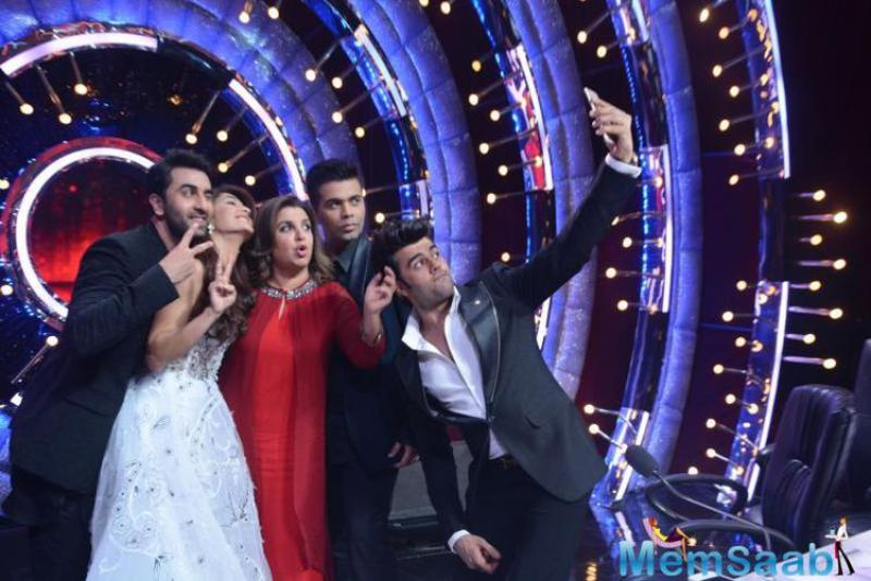 Ranbir Kapoor, Karan Johar, Farah Khan and Jacqueline Fernandez went absolutely crazy on the popular reality show Jhalak Dikhhla Jaa Season 9.