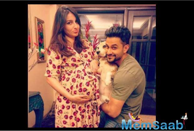 And today, Kunal has revealed that too. The 'Go Goa Gone' actor again took to Twitter to reveal his daughter's name---Inaaya Naumi Kemmu.