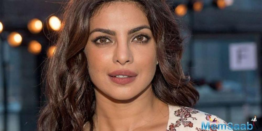 The 2004 original featured Priyanka Chopra as Sonia Roy, the beautiful and much younger wife of Amrish Puri.