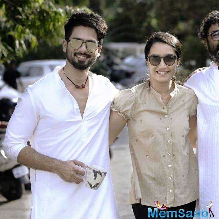 Shahid Kapoor's directorial aspirations have started running with Batti Gul Meter Chalu.