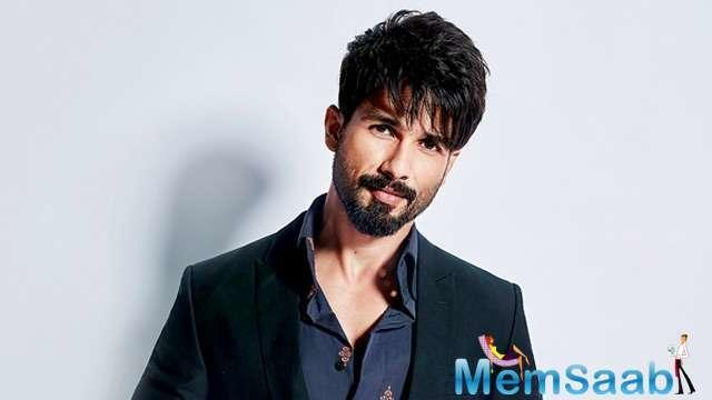 The vine has it that Shahid is calling the shots on set even in the presence of new producer Bhushan Kumar.