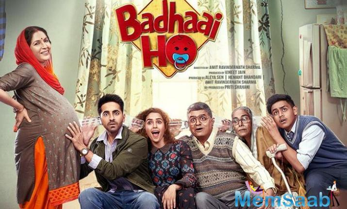Badhaai Ho Trailer is out, and it looks amazingly exciting! In the trailer, Ayushmann's mother, played by Neena Gupta gets pregnant at the second innings of her life.