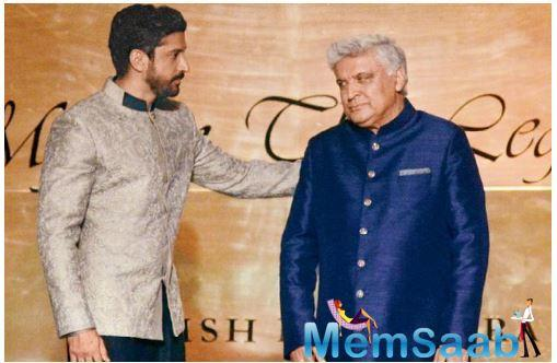 Farhan Akhtar counts himself among the fortunate to be celebrated writer-lyricist Javed Akhtar's son.