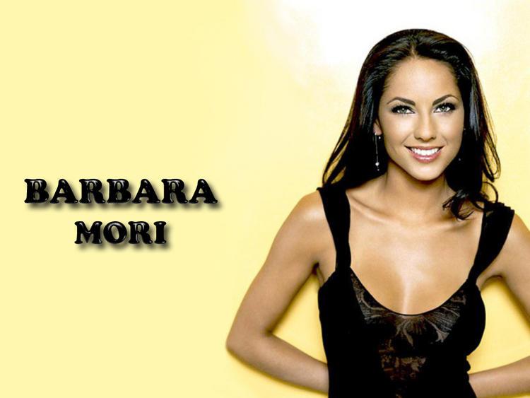 Barbara Mori Sweet Smile Wallpaper Pic