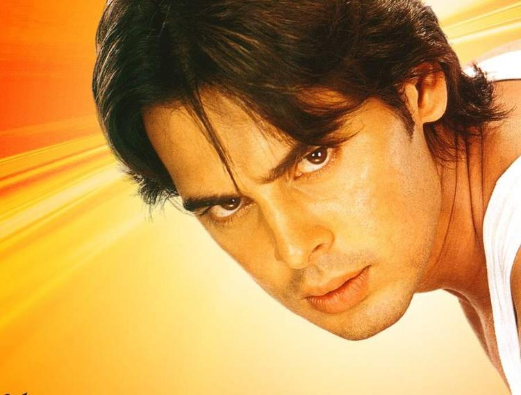 Dino Morea Angry Look Gorgeous Wallpaper