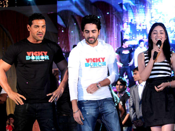 John,Yami and Ayushmann at Vicky Donor Promotional Event