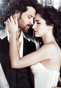 Katrina and Hrithik Hot Scene Wallpaper