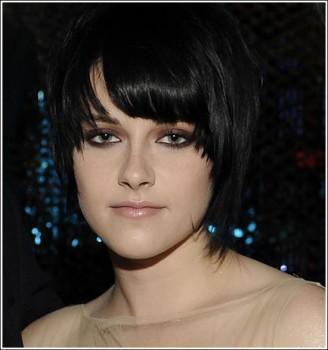 Kristen Stewart Pixie Cut Hair Style Cute Face Look