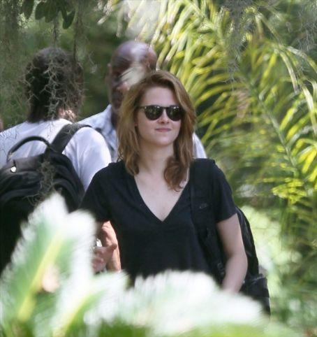Kristen Stewart Stunning Sweet Face Look