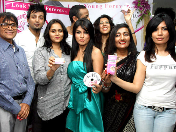 Launch of new branch of Looks Cosmetic Clinic at Bandra