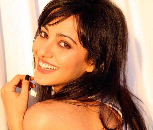 Neha Sharma Gorgeous Smile Pic