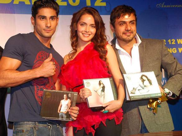 Prateik and Shazahn launches Gold Gym Calendar 2012