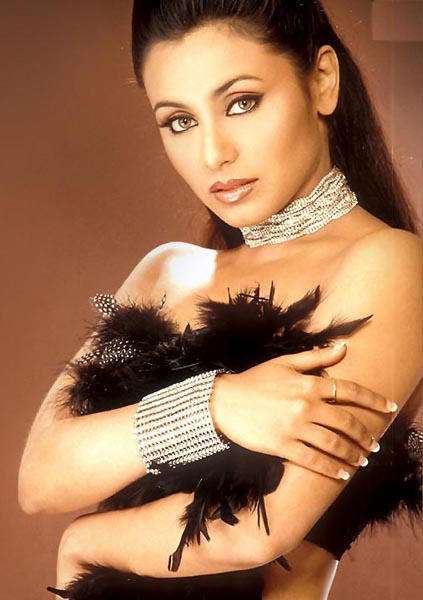 Rani MukherjeeSexy Hot Face Wallpaper