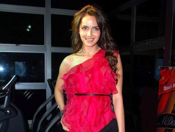 Shazahn Padamsee at  Gold Gym Calendar Launch 2012
