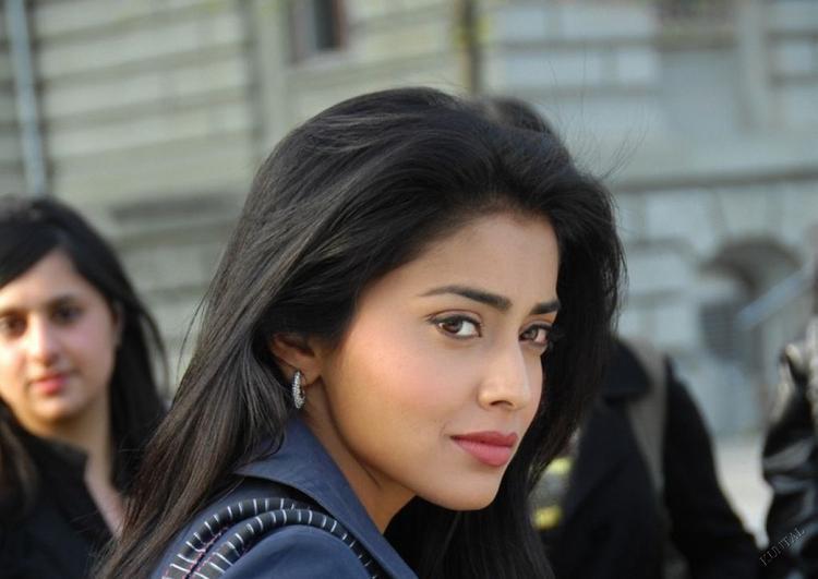 Shriya Saran Awesome Beautiful Face Still
