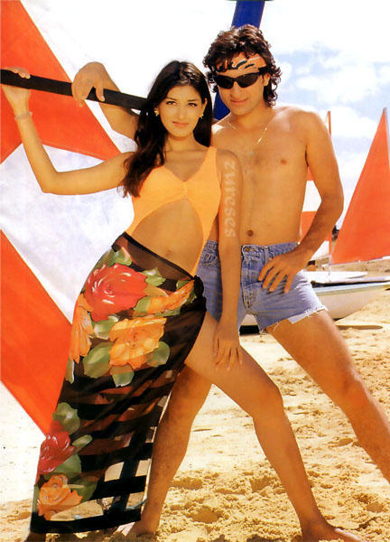 Sonali and Saif Sexiest Pic
