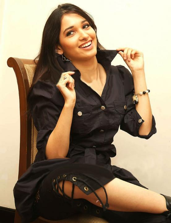 Tamanna Bhatia Latest Cute Still