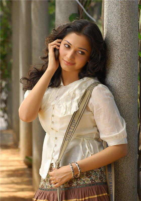 Tamanna Bhatia Romantic Look Film Pic