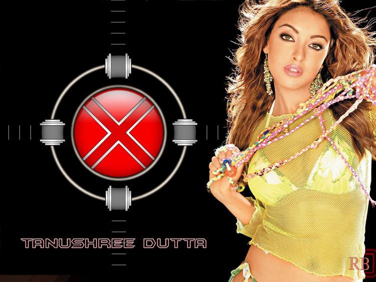 Tanushree Dutta Sexy Wallpaper