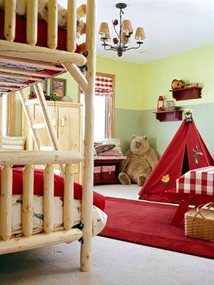 KidsRoomsSum05_McCaugheyCampRoom_Bunk beds tent bear