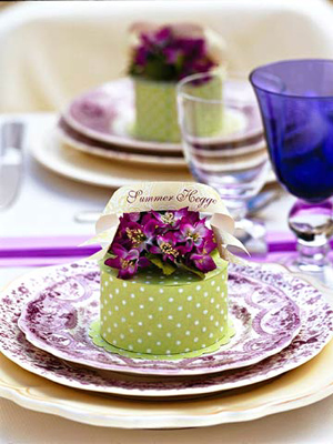 place setting with a round lime green box on top