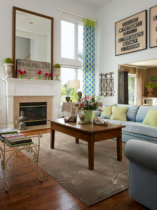 House Tours Old Meets New Thanks to FleaMarket Finds