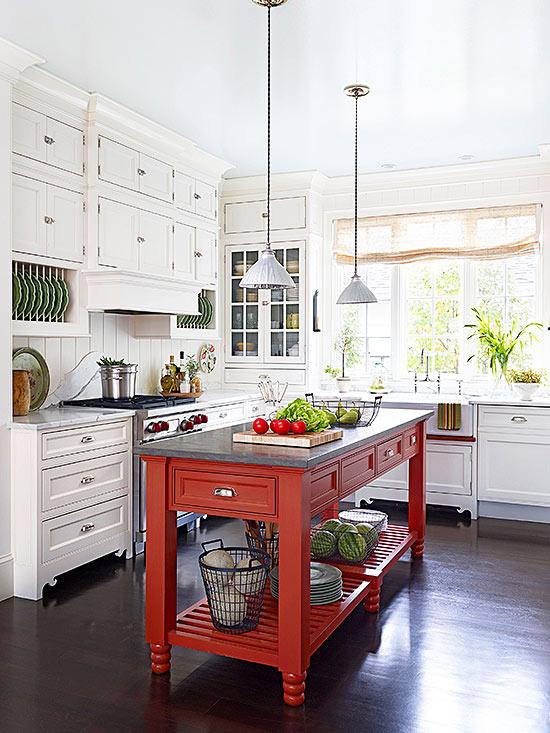 White Cottage Kitchen Ideas