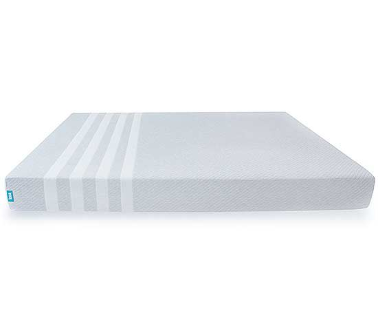 This Brand Boasts That It S The Mattress For All Types Of Sleepers And With Three Layers Foam Including 2 Inches Contouring Memory Keeping