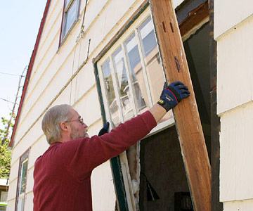 manufactured home window removal