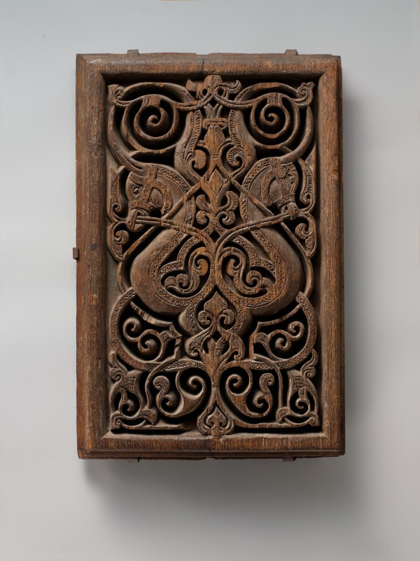 Panel With Horse Heads Met