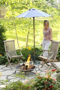 Gardening & Landscaping : Beautiful Backyard Retreat Ideas ...
