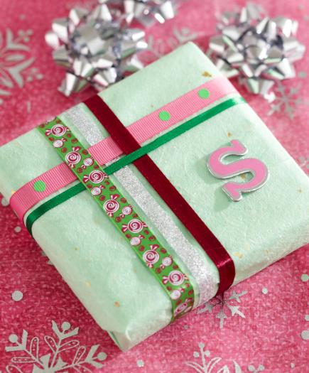 easy christmas gift wrapping