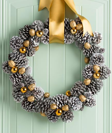 Christmas Decorations Pine Cones