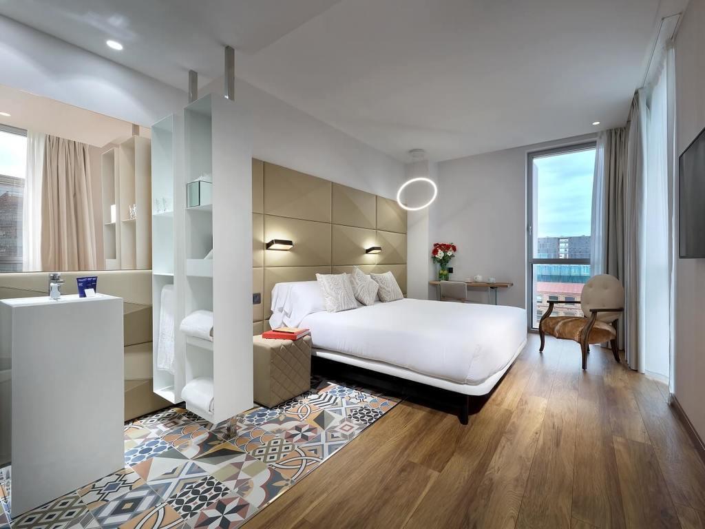 Habitaciones y Suites con Jacuzzi del Hotel SB Glow Barcelona