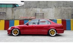 Honda Civic Ferio Manual Merah 2000