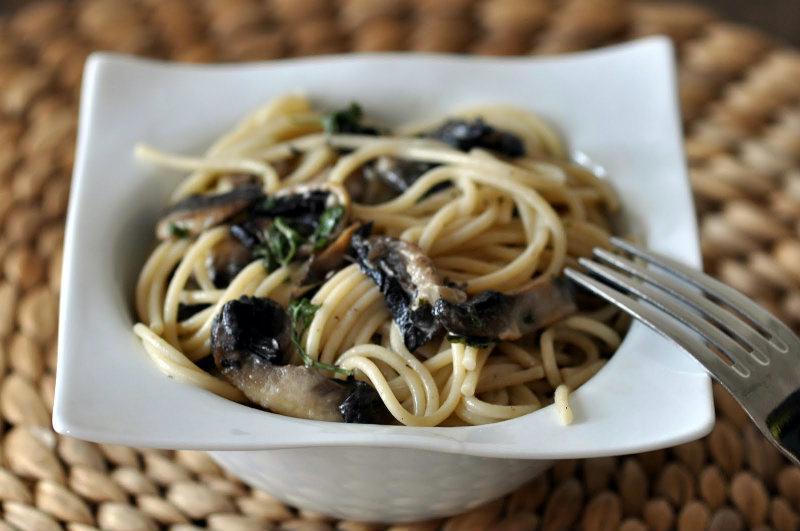 Spaghetti à la crème de champignons