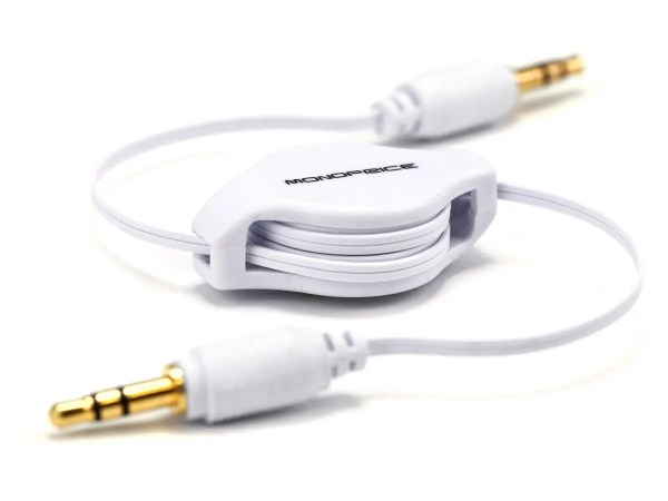 6754 2.5ft Retractable 3.5mm Audio Cable - White
