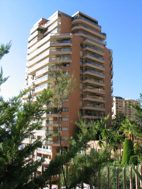 Apartments to sell or to rent in the building Monte Carlo Sun in MonteCarlo