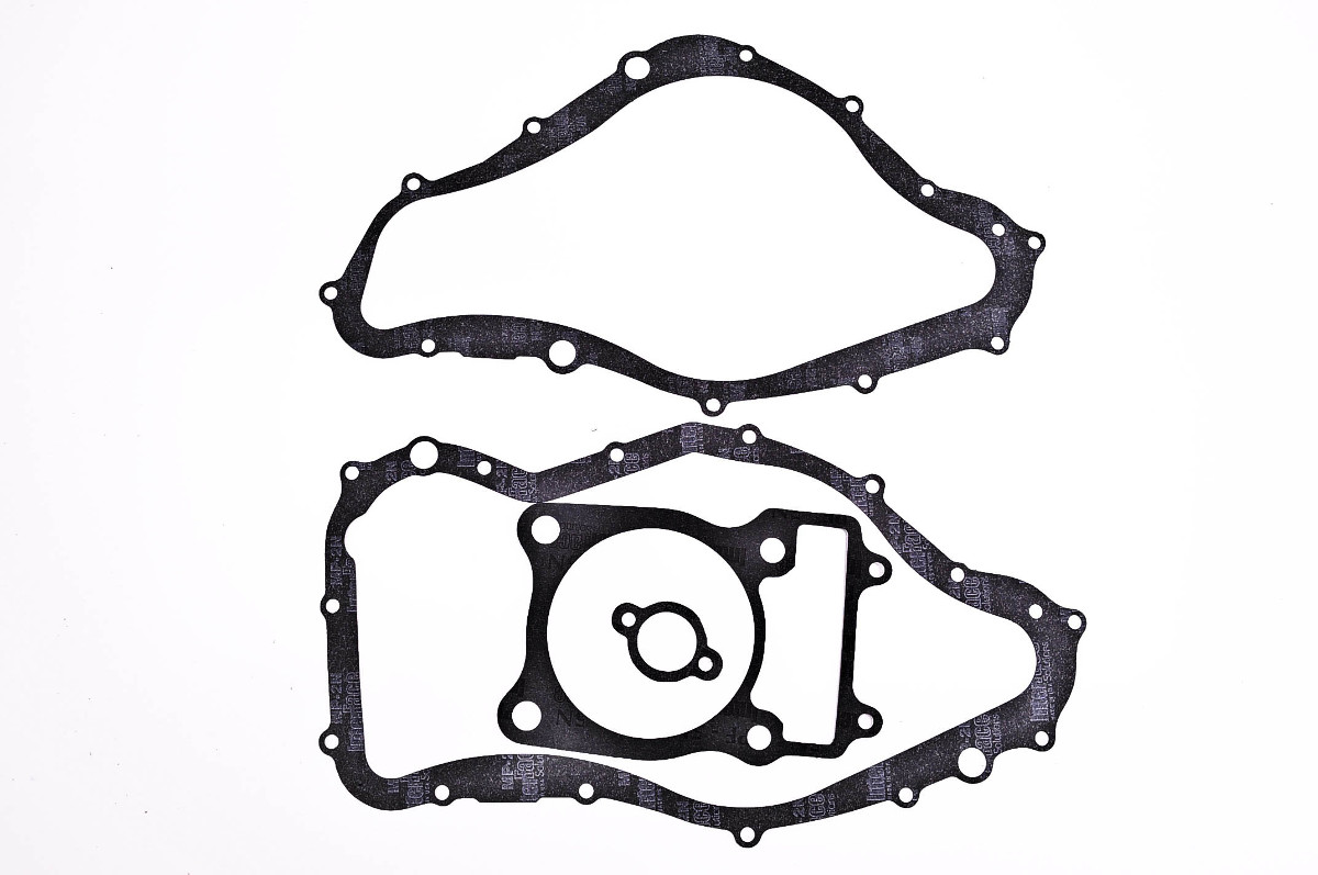 Quadboss Complete Gasket Set With Oil Seals