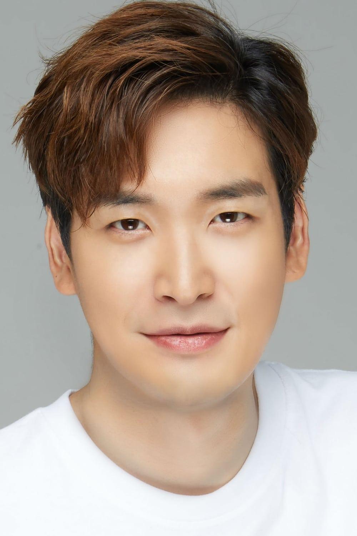 Jung Gyu-woon : gyu-woon, Gyu-woon, Movies,, Biography