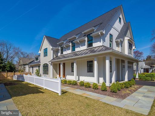 Property for sale at 1428 Cedar Ave, Mclean,  VA 22101