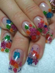 day 104 inlaid dried flowers nail