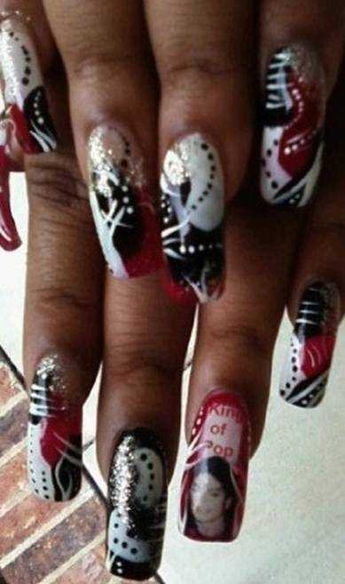 Charlotte N C Based Salon Owner Nail Tech Topaz Woodruff Sent Us These Pictures She Did To Celebrate The Life Of Michael Jackson