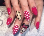 day 242 minnie mouse nail art